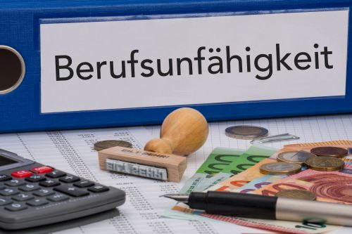 Anwalt für Berufsunfähigkeitsversicherung Kanzlei Lamster Freiburg